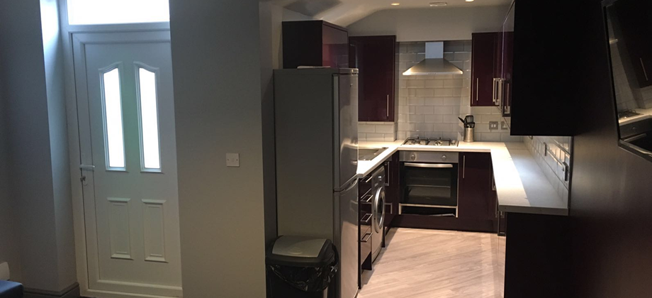 5 Double Bed,  South View Rd Sheffield